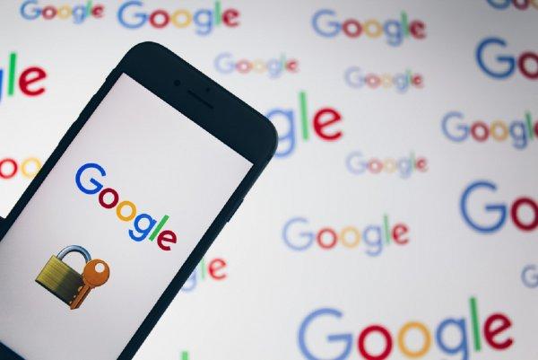Google убеждает пользователей Gmail в надеждой защите информации